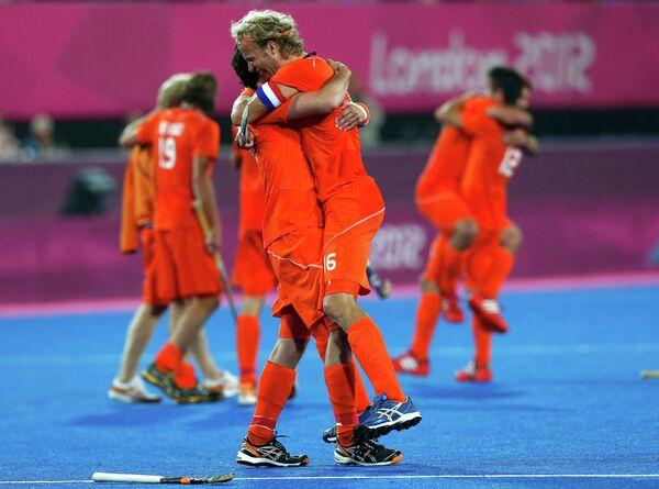 Игроки сборной Нидерландов по хоккею с мячом