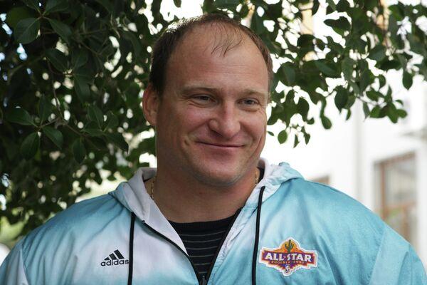 Чемпион Паралимпийских игр Алексей Ашапатов
