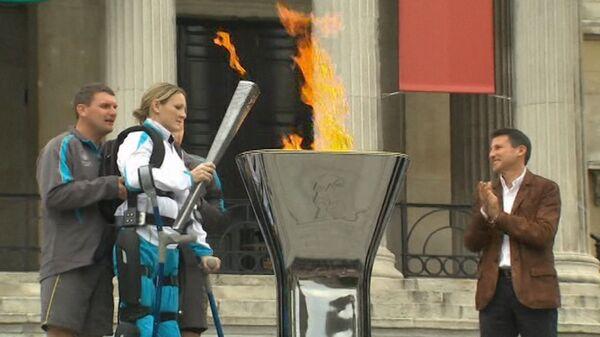 Церемония зажжения чаши с огнем Паралимпиады в Лондоне