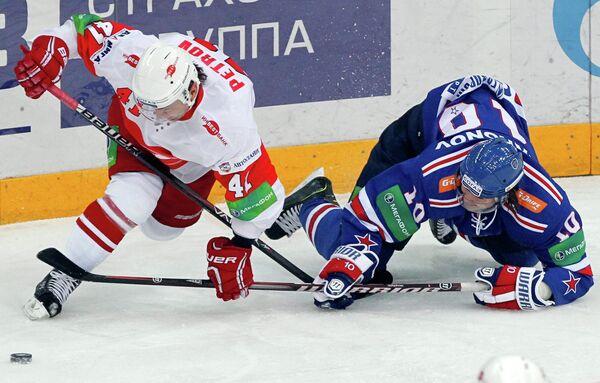 Игровой момент матча СКА - Спартак
