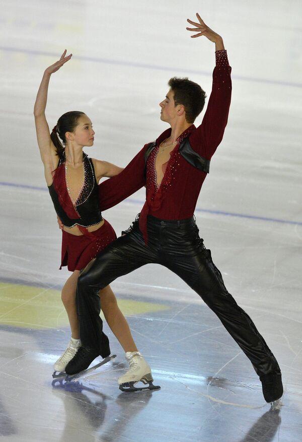 Василиса Даванкова и Андрей Депутат