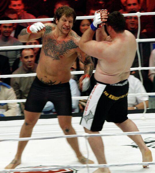 Александр Емельяненко и Тадас Римкявичус (слева направо)