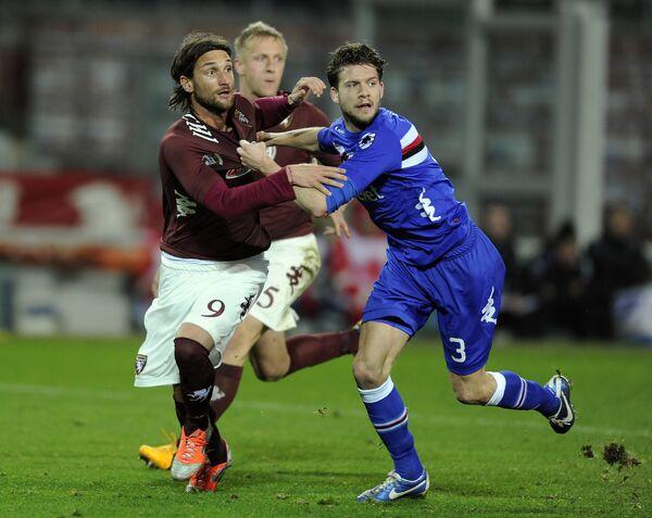 Игровой ммоент матча Торино-Сампдория