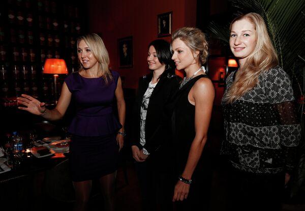 Елена Веснина, Маргарита Гаспарян, Мария Кириленко и Екатерина Макарова (слева направо)