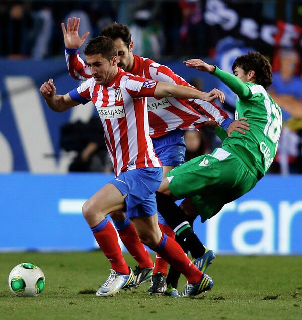 Хуанфран/Juanfran fight for the ball
