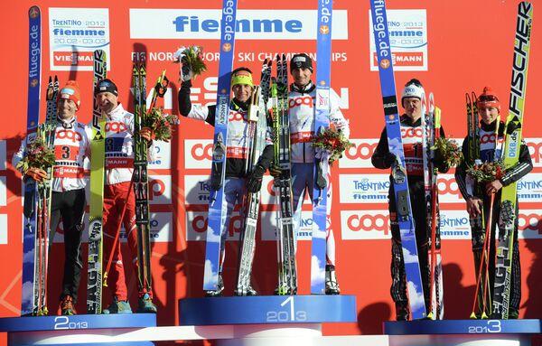 Призеры командного спринта 2х7,5 км в соревнованиях по лыжному двоеборью