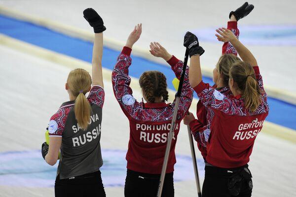 Александра Саитова, Юлия Портунова, Алина Ковалева и Оксана Гертова (слева направо)