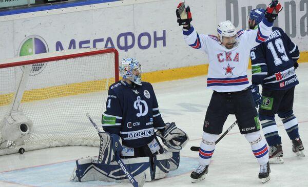 Петр Пруха (в центре) и Александр Еременко (слева)
