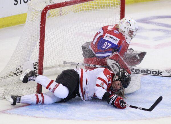 Игровой момент матча Россия-Канада
