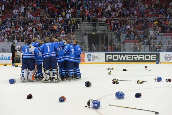 Хоккеисты юниорской сборной Финляндии