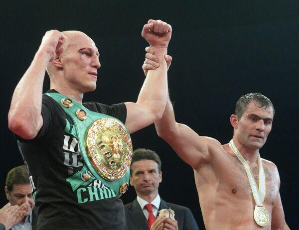 Кшиштоф Влодарчик (слева)