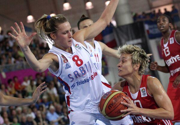 Игровой момент матча Турция - Сербия