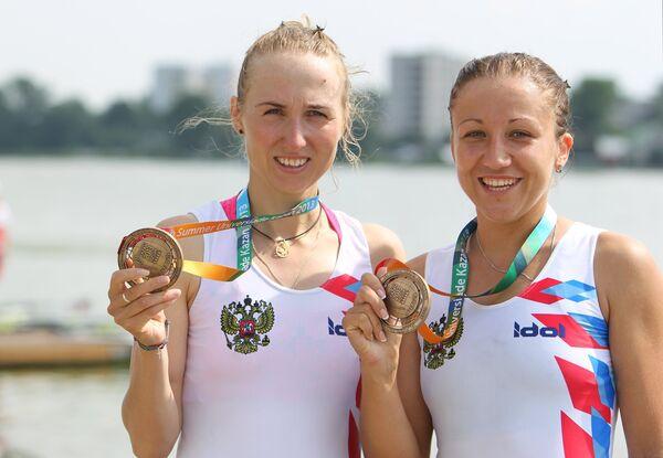 Анна Языкова (справа) и Наталья Варфоломеева