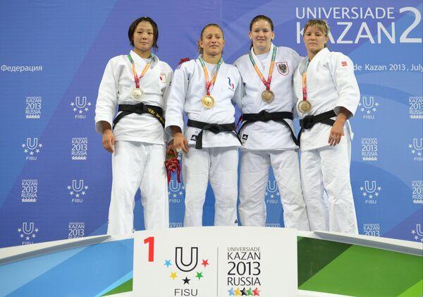 Церемония награждения победителей турнира по дзюдо на Универсиаде