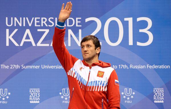 Денис Царгуш (Россия), завоевавший золотую медаль мужского турнира по вольной борьбе