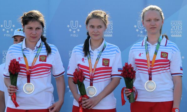 Российские спортсменки, завоевавшие серебряные медали из пневматической винтовки с трех позиций