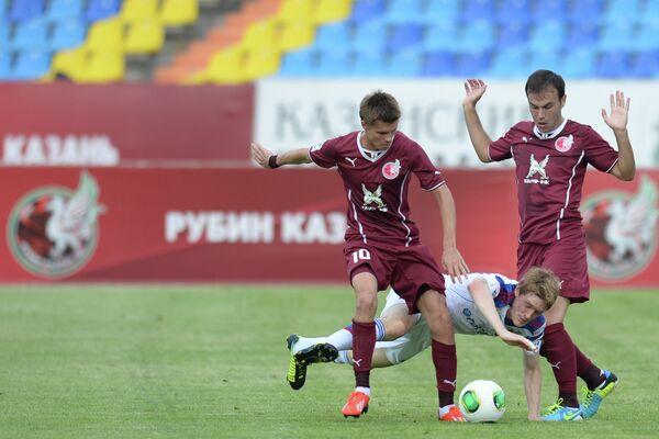 Дмитрий Торбинский, Расмус Эльм и Бибрас Натхо (слева направо)