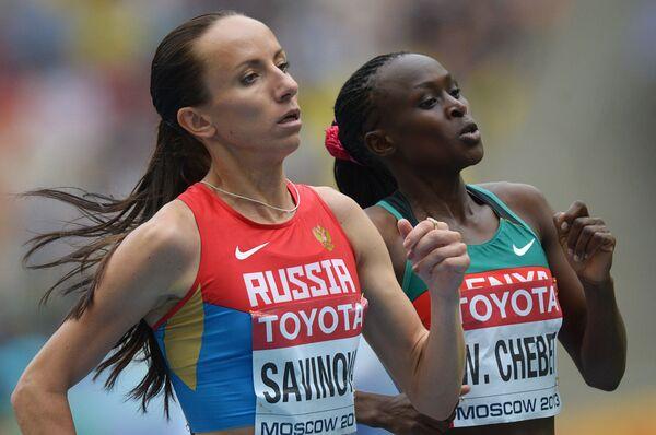 Мария Савинова и Винни Чебет (слева направо)
