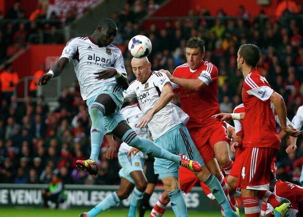 Игровой момент матча Саутгемптон - Вест Хэм