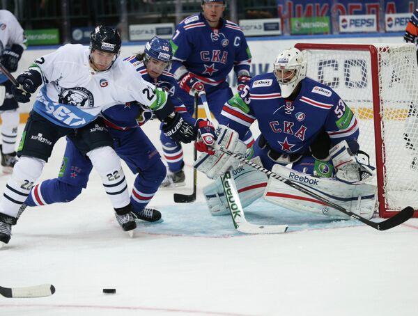Игровой момент матча СКА - Медвешчак