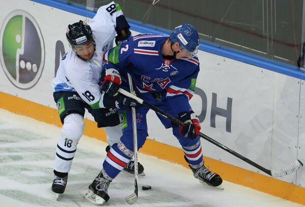 Джонатан Чичу (слева) и Юрий Александров