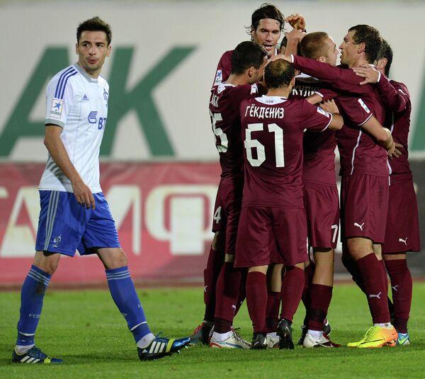 Игровой момент матча Рубин - Динамо