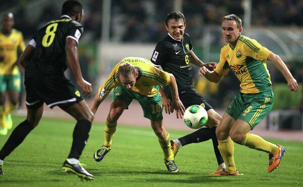 Игровой момент матча Кубань - Анжи