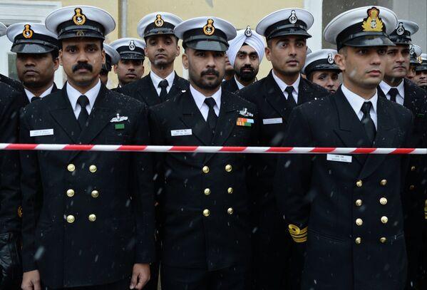 Военнослужащие ВМС Индии во время Эстафеты Олимпийского огня в Северодвинске.