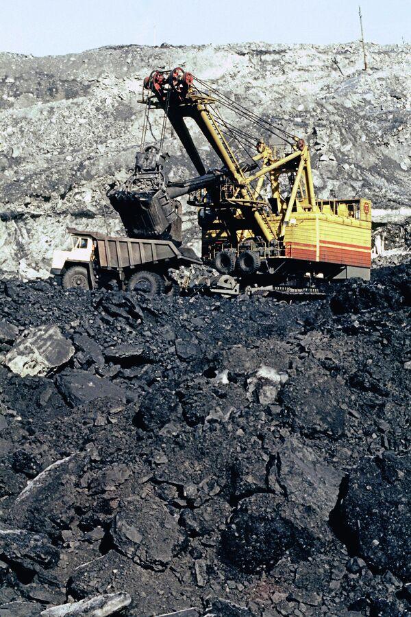 Кедровский угольный разрез
