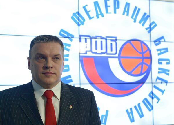 Главный тренер мужской сборной России Евгений Пашутин