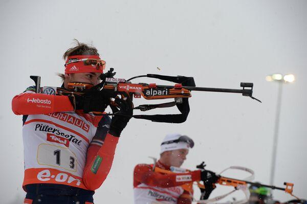 Антон Шипулин (Россия) на огневом рубеже