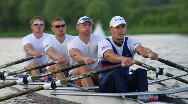 Сергей Федоровцев, Никита Моргачев и Артем Косов (справа налево)