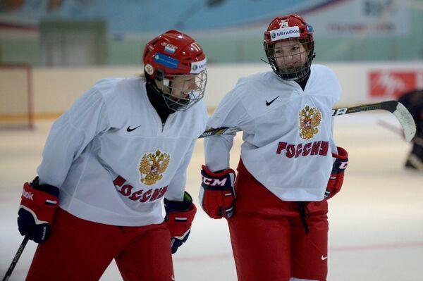 Екатерина Смоленцева (слева) и Анна Шохина