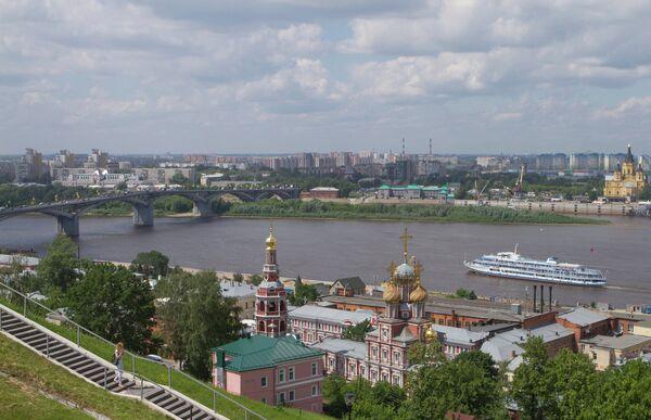 Вид на собор Пресвятой Богородицы в Нижнем Новгороде