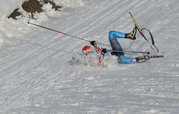 Антон Гафаров (Россия) на дистанции полуфинального забега индивидуального спринта в соревнованиях по лыжным гонкам среди мужчин на XXII зимних Олимпийских играх в Сочи.