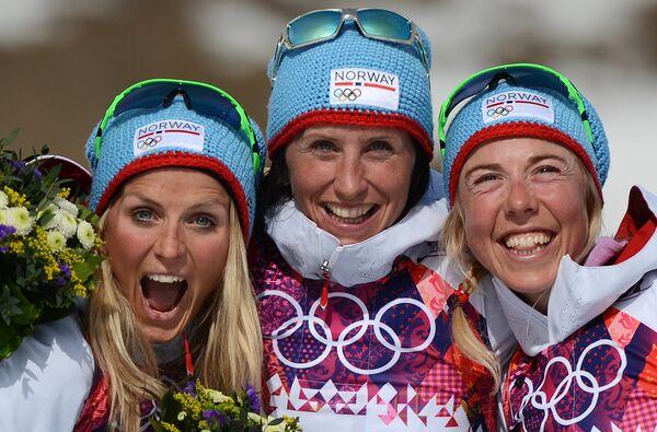 Тереза Йохеуг, Марит Бьерген и Кристин Стермер Стейра (слева направо)