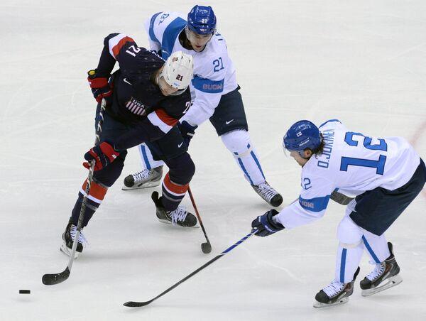 Игровой момент матча Финляндия - США