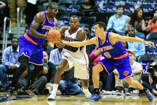 Игровой момент матча Атланта Хокс - Нью-Йорк Никс