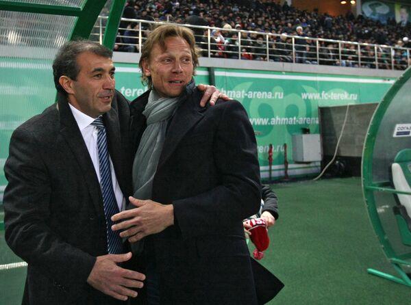 Рашид Рахимов (слева) и Валерий Карпин