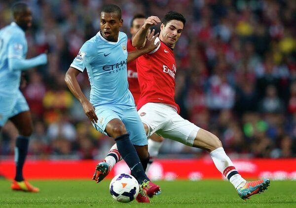 Игровой момент матча Арсенал-Манчестер Сити