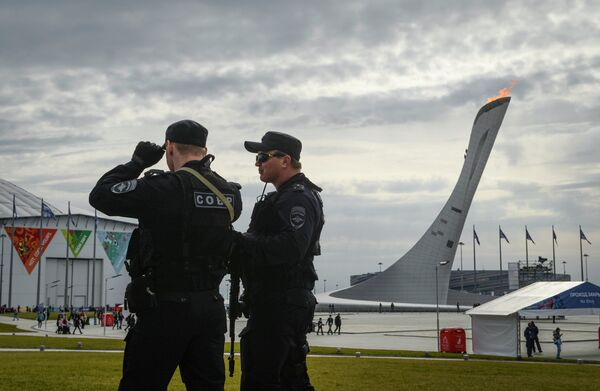 Сотрудники специального подразделения обеспечивают безопасность участников и гостей Олимпиады в Олимпийском парке Сочи