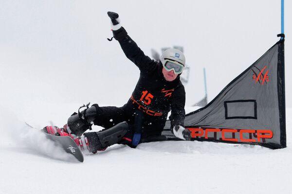 Тренер сборной России по сноуборду Денис Салагаев