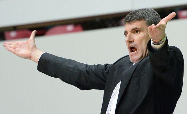 Главный тренер баскетбольного клуба Валенсия Владимир Перасович