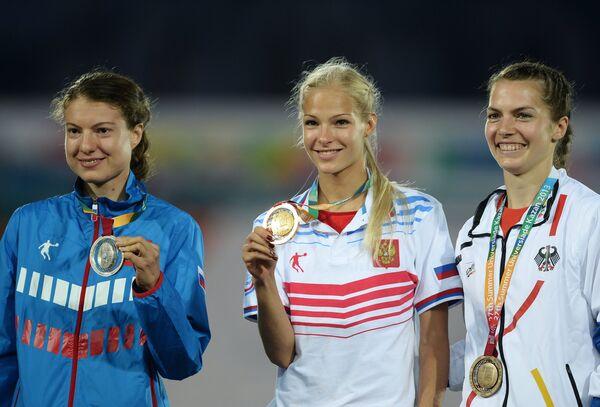 Елена Соколова, Дарья Клишина и Мишель Вейтцль (слева направо)