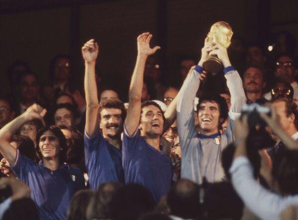 Футболисты сборной Италии, 1982 год