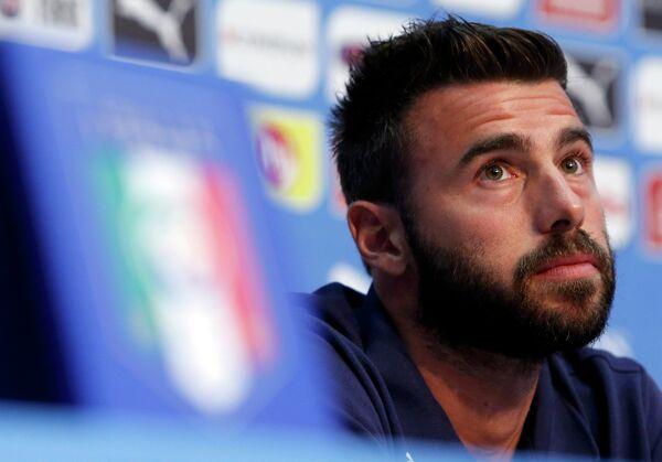 Защитник сборной Италии Андреа Барцальи