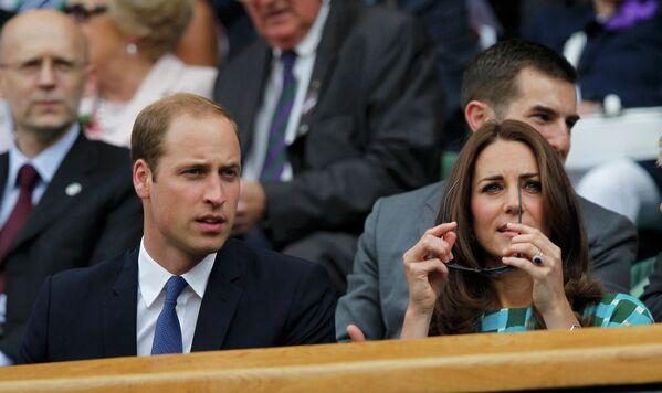 Принц Уильям со своей женой Кэтрин на финале Уимблдонского теннисного турнира