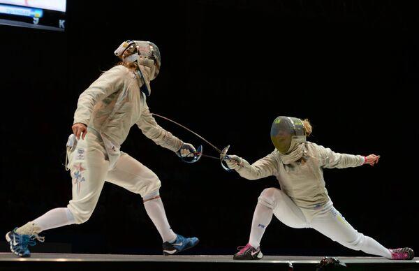 Украинская спортсменка Ольга Харлан (справа)
