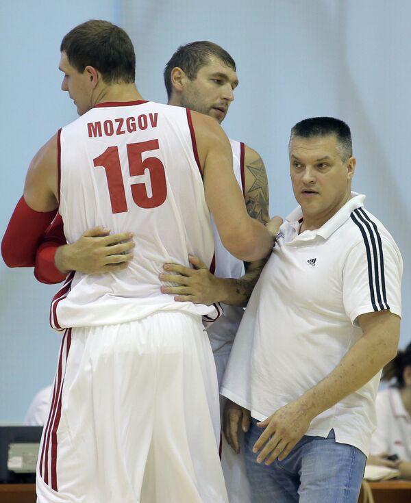 Тимофей Мозгов, Дмитрий Соколов и Евгений Пашутин (слева направо)
