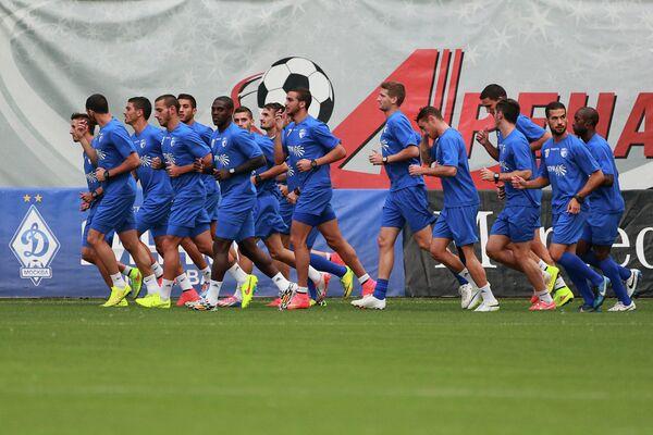 Футболисты Хапоэля на тренировке команды